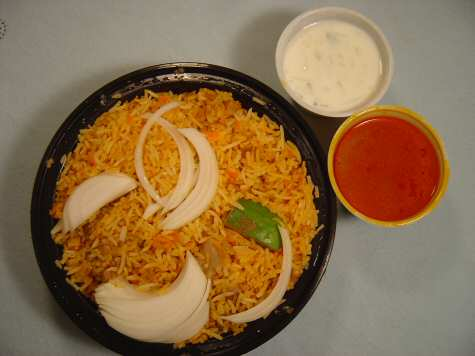 Abhiruchi Iselin Hyderabad Dum Chicken Biryani - © SearchIndia.com