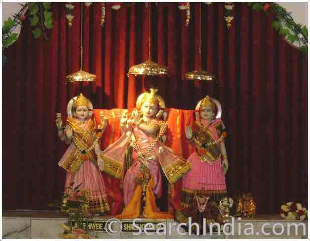 Lakshmi, Krishna & Radha, Shri Mandir San Diego, CA - © Rekha Inc.