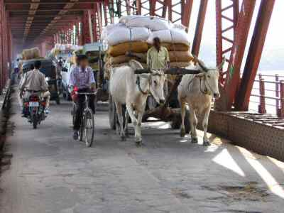 agra bridge