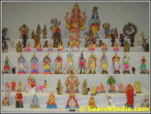 Dolls Arrangement during Dasara at Shiva Vishnu Temple