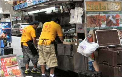 halal food cart in midtown manhattan