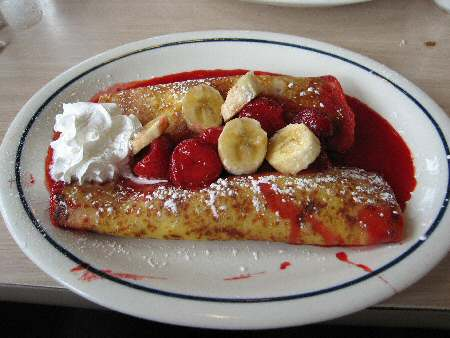 IHOP Strawberry Banana Danish Fruit Crepes - Image © SearchIndia.com