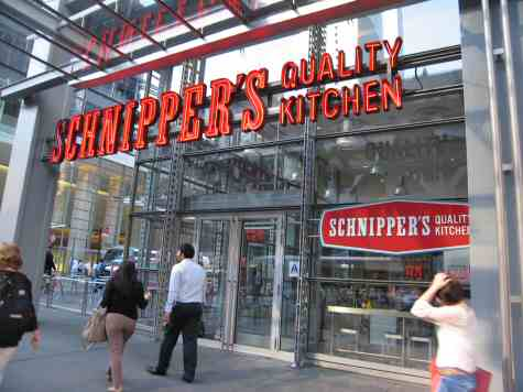 Schnippner's Quality Kitchen 8th Ave Midtown Manhattan - © SearchIndia.com