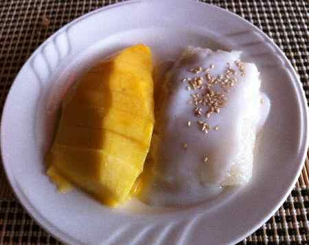 Mango with Sticky Rice Thai Dessert