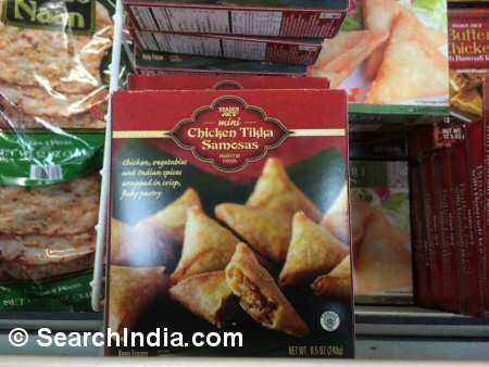 Chicken Tikka Samosa Appetizer and Naan - Image © SearchIndia.com