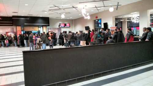 Vishwaroopam Crowd at Big Cinemas Chicago